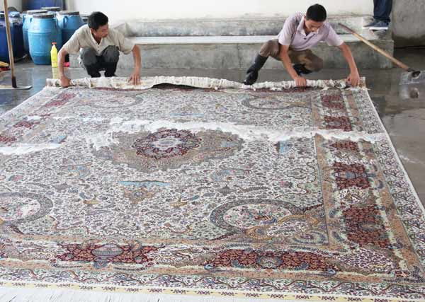 how to maintain handmade silk rug